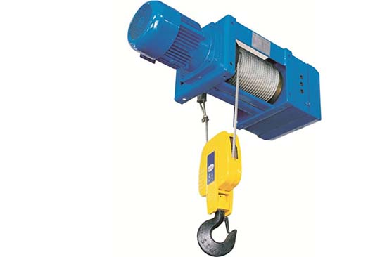 Safety hoist takes safety first, Safety hoist with